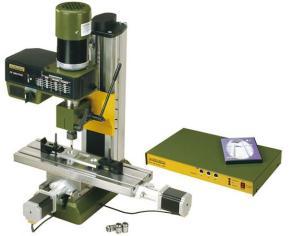 Jemná frézka FF 500/CNC
